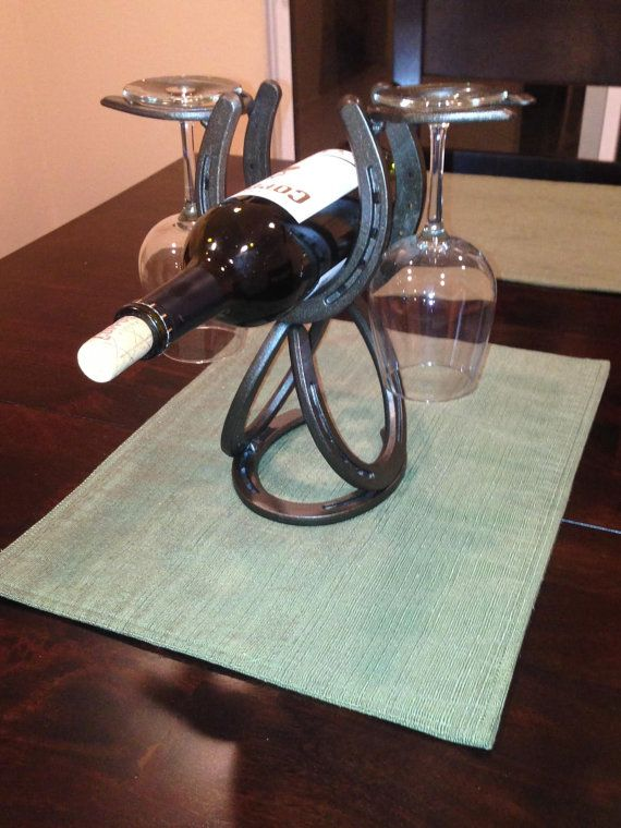 Horseshoe Wine Holder Sagamore Bay