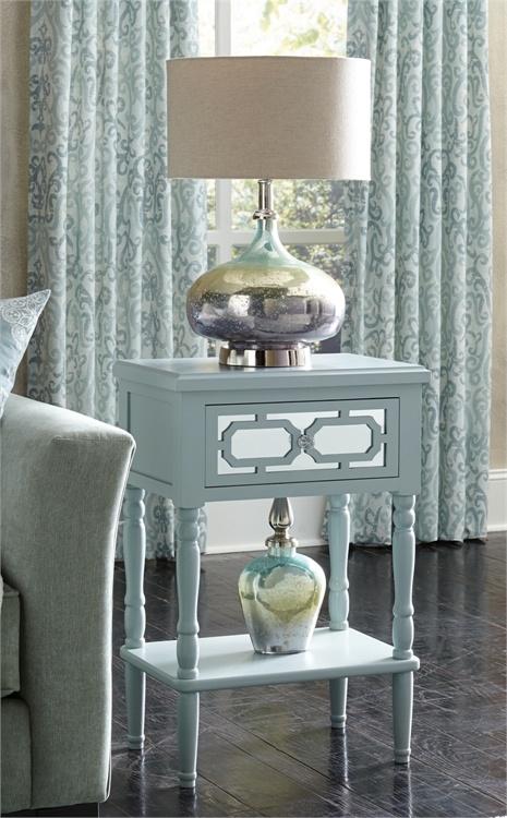 Loryn Glass Lamp